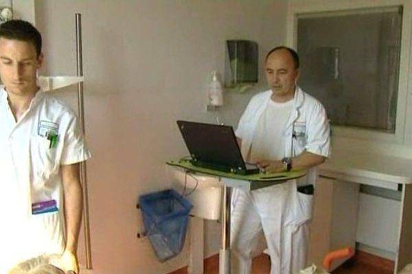 Le système de géolocalisation testé aux Urgences de l'hôpital de Chartres signe la fin de l'utilisation du papier.