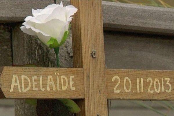Une croix en mémoire d'Adélaïde à Berck.
