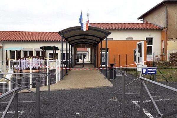 L'école primaire de Villefranche-d'Albigeois.