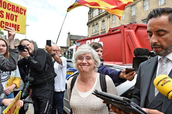 Edimbourg - Carla Ponsati prend connaissance de la décision du tribunal - 23 juillet 2018.