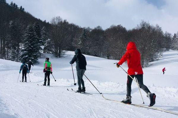 Une belle neige fraîche recouvrait les pistes du Somport ce dimanche.