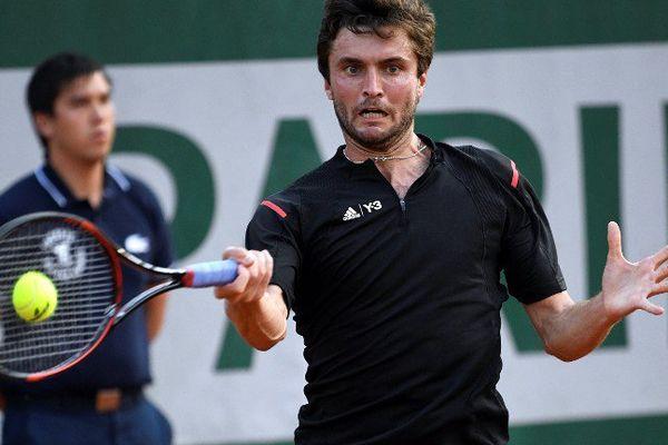 Gilles Simon, battu au troisième tour  du tournoi de Rolland Garros par le Serbe Viktor Troicki