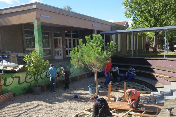 Un chantier école au lycée professionnel Germaine Tillion de Thiers (Puy-de-Dôme).