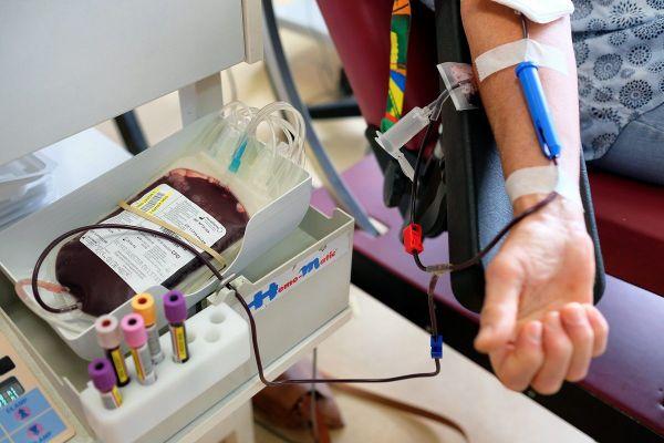 L'Établissement français du sang invite chacun à se mobiliser activement.