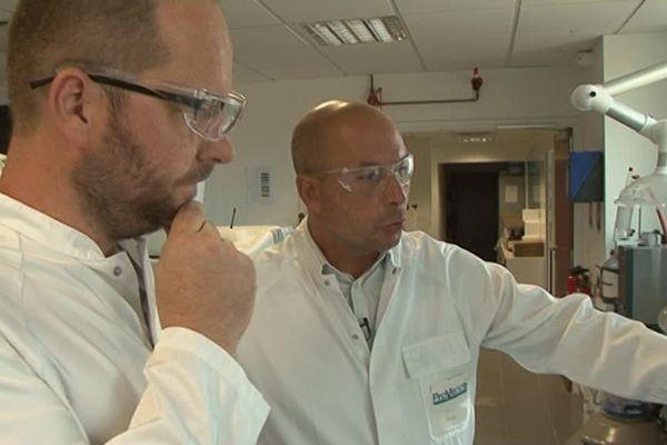 Joanni Vieux, professeur, et Christophe Baralotto, chef d'entreprise