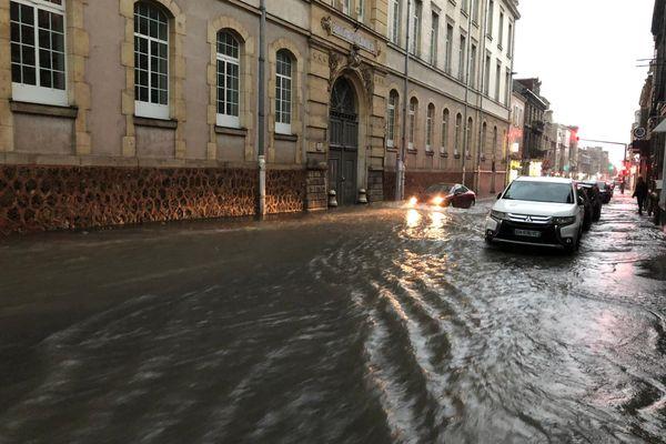 L'avenue Jean Jaurès à Reims inondée le 19 juin.