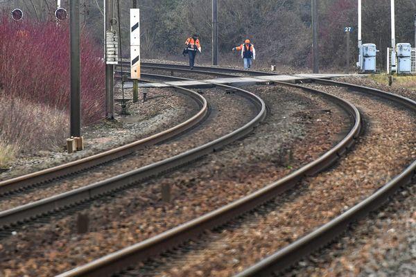 La SNCF va mener des travaux de modernisation du 5 mars au 4 mai, des liaisons vont interrompues en Haute-Loire et des cars de substitution mis en place.