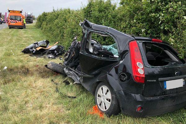 L'accident sur la RD733 à hauteur de Le Gua a fait un mort, la conductrice de cette voiture