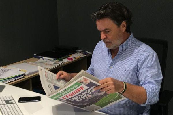 """Fabrice Clément s'inquiète des conséquences de cette """"saison sans fin"""", à la suite des annonces d'Edouard Philippe mardi, dans le cadre des restrictions dues au coronavirus."""