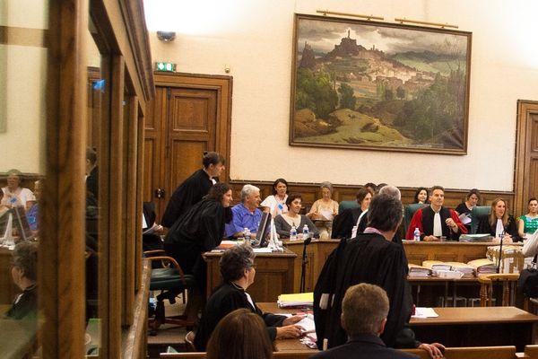 Photo prise lors du procès. Les avocates de Matthieu, 19 ans, condamné à la réclusion criminelle à perpétuité par la cour d'assises des mineurs de Haute-Loire pour l'assassinat d'Agnès Marin, ont annoncé leur décision de faire appel du verdict