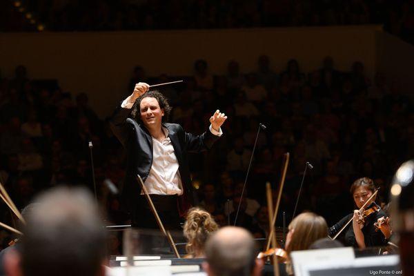 L'Orchestre National de Lille, dirigé par Alexandre Bloch