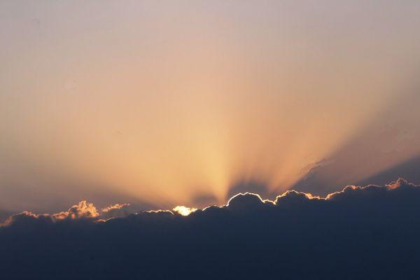 Une petite accalmie se dessine dans le ciel en cette journée de vendredi