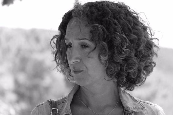 """Jamila El Barkaoui, la soeur de Saïd El Barkaoui poursuit son combat, et assure """"croire en la justice de son pays""""."""