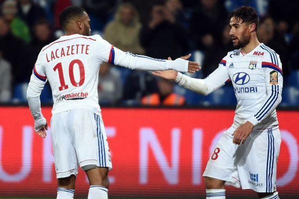 Alexandre Lacazette et Nabil Fékir, deux des artisans de la démonstration lyonnaise face à Montpellier (5-1)