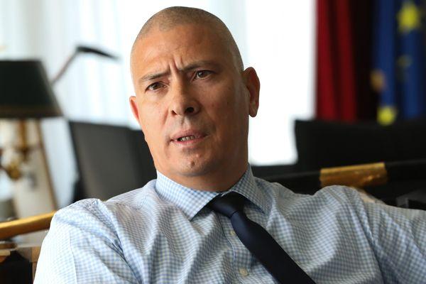 Après les annonces du Premier Ministre, Hugues Moutouh, Préfet de la Drôme, met en place une cellule consacrée au déconfinement
