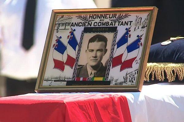Mort pour la France en Algérie en 1956, le sergent Jean Vilalta a été enterré ce samedi matin au cimetière d'Argelès-sur-Mer - 5 août 2017