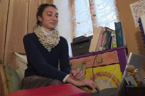 Rose Faugéras contre attaque après sa radiation à vie de l'ordre des sages-femmes