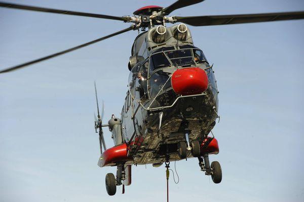 Un hélicoptère de type Super Puma (illustration).