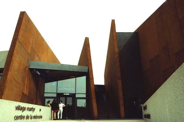 C'est devant le centre de la Mémoire d'Oradour-sur-Glane qu'arrivera dimanche cette Randonnée de l'Amitié entre Dachau et Oradour