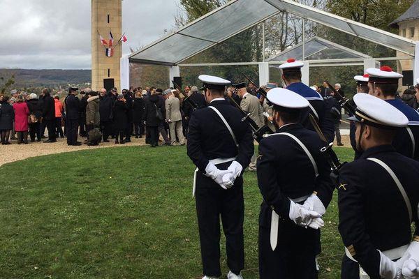 Les militaires sont en place pour la visite du chef de l'Etat / Dormans, 14 novembre 2019