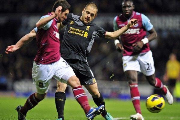 Joe Cole a marqué un but dimanche dernier avec Liverpool contre West Ham.