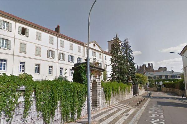 A Vesoul, c'est l'ancien collège Gérôme qui sera rénové pour accueillir d'ici 2021 un service des finances publiques