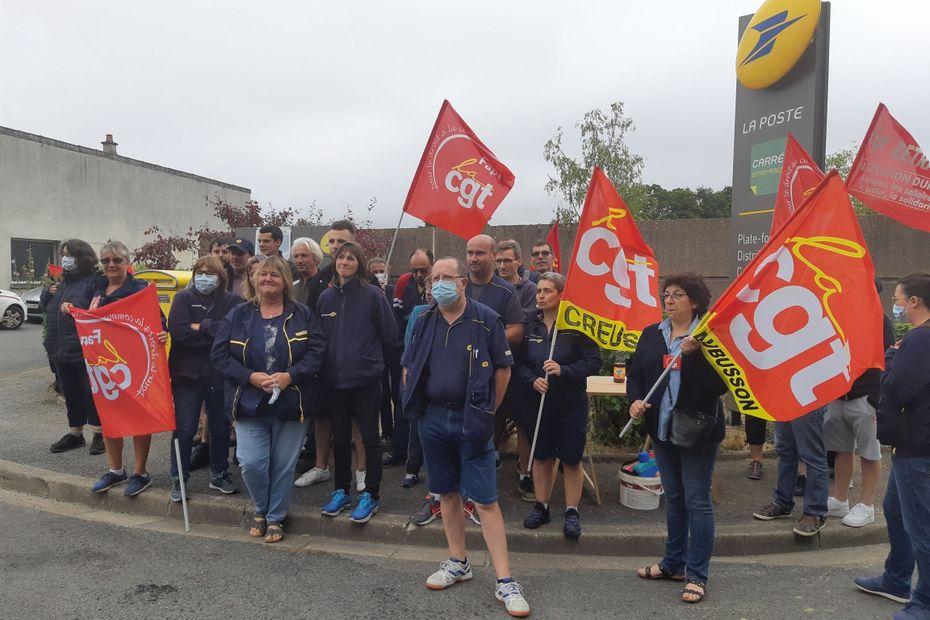Grève au centre de tri de La Poste de Guéret