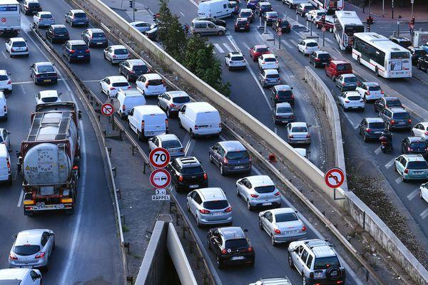 D'importants embouteillages sont à prévoir dans la vallée du Rhône et en Isère samedi 10 août.