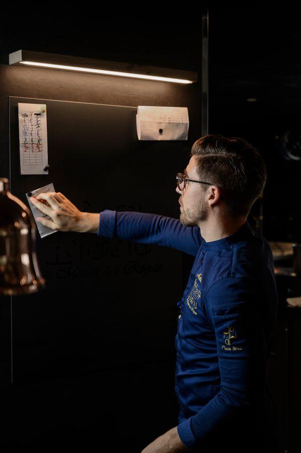 Mathieu Pérou, jeune chef étoilé au Michelin, du Manoir de la Régate à Nantes
