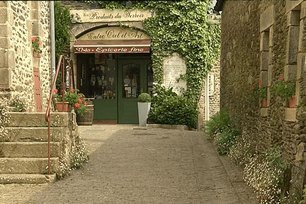 Rochefort-en-Terre, petite cité de caractère, succédera-t-elle à Ploumanac'h ?