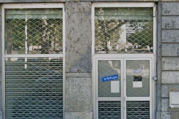 En période de confinement, le local du Refuge, à Lyon, n'est plus accessible aux jeunes