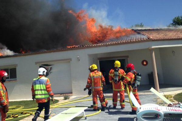 Le pavillon a été totalement détruit par les flammes à Venansault en Vendée