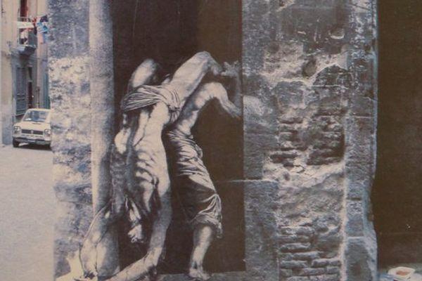 Naples IIIX, une des oeuvres d'Ernest Pignon-Ernest exposée à Fougères