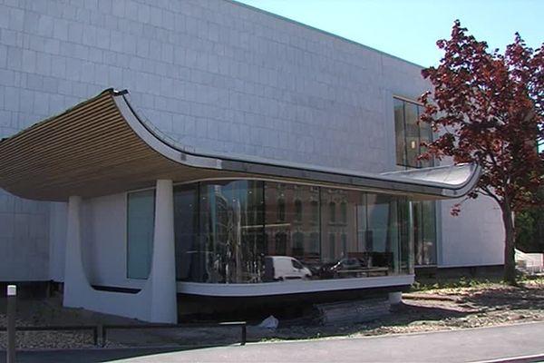 L'ancien musée des Beaux-Arts de Dunkerque abrite désormais la bibliothèque