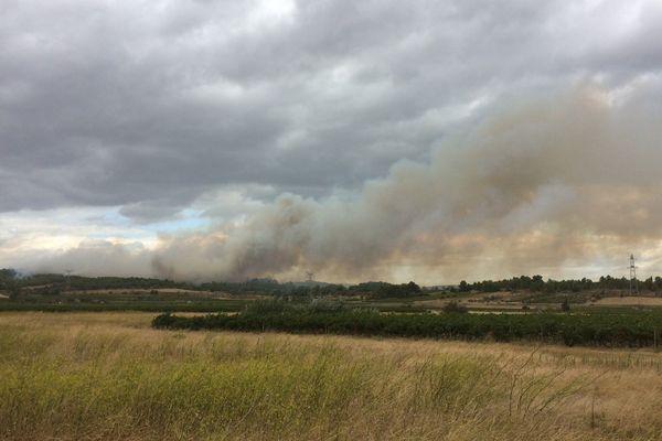 Un important incendie s'est déclaré à Lézignan-Corbières dans l'Aude - 11 septembre 2017