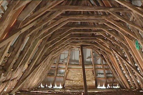 La Maison des Moines de St Amand de Coly, seul bâtiment de Dordogne a avoir été retenu par le Loto du Patrimoine