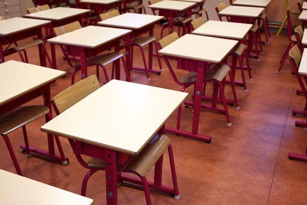 En école primaire, les enseignants subissent parfois une pression importante de la part des parents d'élèves (illustration).