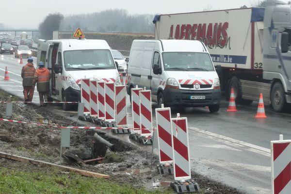Le chantier est à proximité immédiate de l'autoroute A25