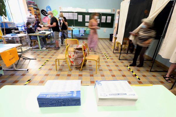 Désaveu de la classe politique, désintérêt pour les scrutins locaux : plusieurs arguments appuient le désintérêt des français pour ces régionales 2021