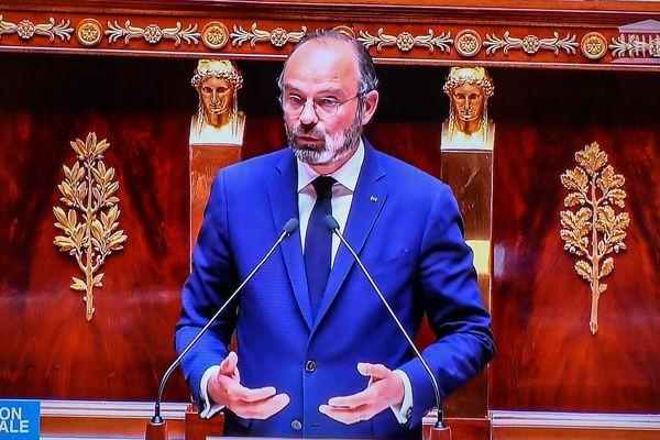 Le Premier ministre, Edouard Philippe, présentant le plan gouvernemental de déconfinement, devant l'Assemblée nationale