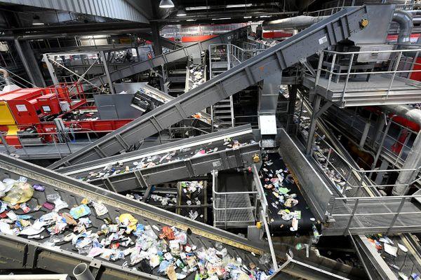 (Illustration) 60 millions de tonnes de plastiques sont produites en Europe en un an.