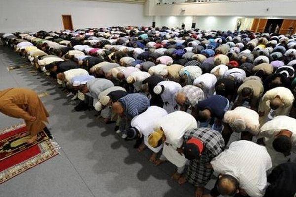 Les prières sont très importantes lors du mois du ramadan.