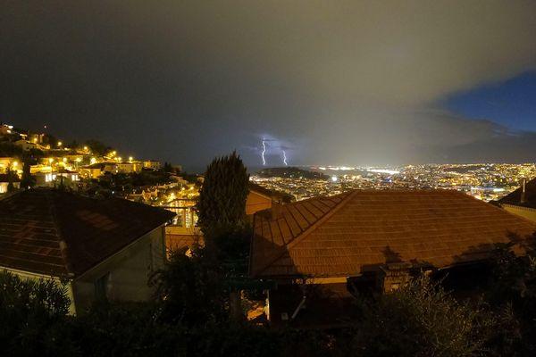Le département des Alpes-Maritimes affiche le record de nombre annuel de jours d'orage avec91,5 jours !
