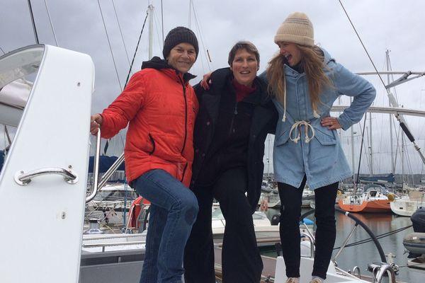 Les histoires maritimes se déclinent au féminin avec l'aventurière Anne Quéméré et son amie navigatrice Anne Liardet au côté de Marine.
