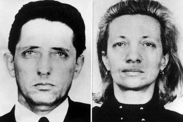 """Montage photo de ceux surnommés les """"amants diaboliques"""" de Bourganeuf: Bernard Cousty, à gauche, et Yvette Balaire, à droite, inculpés d'homicide volontaire le 23 mars 1970. La cour d'assises de Limoges a condamné à mort le premier et à 10 ans de prison pour la deuxième."""