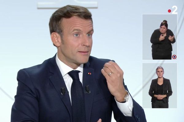 Emmanuel Macron lors de son interview mercredi 14 octobre 2020.