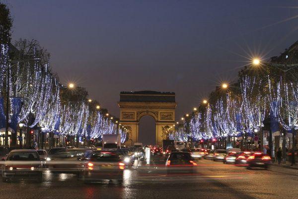 Elusia : les illuminations des Champs-Elysées de 2007 à 2010