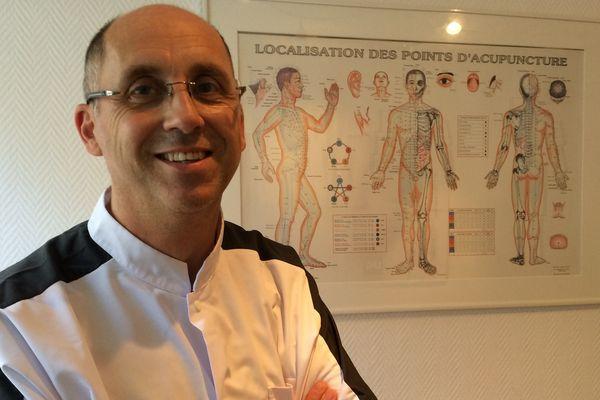 Frédéric Vanpoulle, kinésithérapeute benévole sur les 10-20 km de Tours depuis 2010