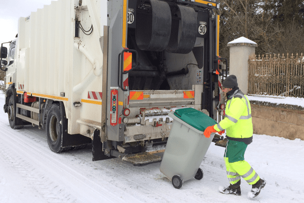 Dans cinq communes de Haute-Loire, la taxe sur les ordures ménagères fait débat.