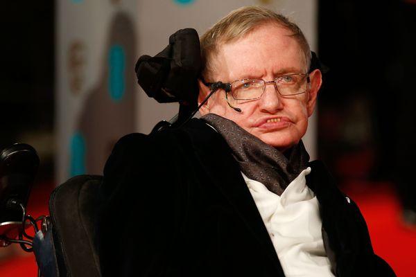 Stephen Hawking, génialissime physicien britannique, est mort ce 14 mars.